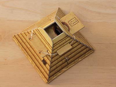 camel-up-pyramide