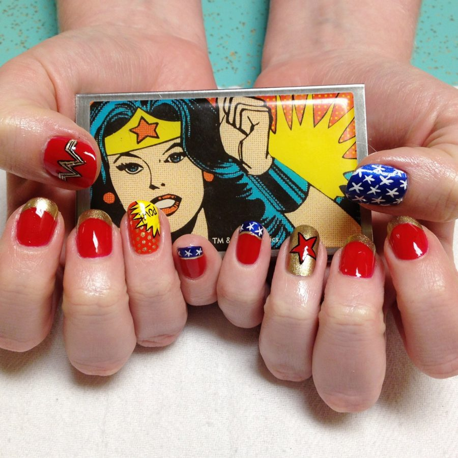 Nails Wonder Woman Can Nail Art Be Feminist: GEEKY NAIL ART: TANTE IDEE PER VERE NERD GIRLS!