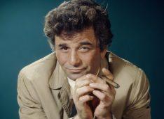 Colombo: a 50 anni dal primo episodio, scopriamo le curiosità della serie tv