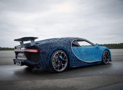 Lego Technic Bugatti Chiron 00
