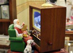 NERD-GUIDA TV: LA PROGRAMMAZIONE TELEVISIVA DELLE FESTE