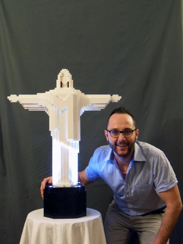 riccardo-zangelmi-sculture-in-lego