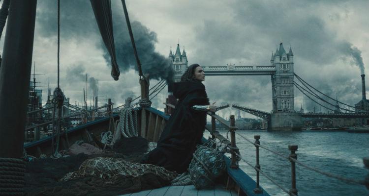 wonder woman fumo di Londra
