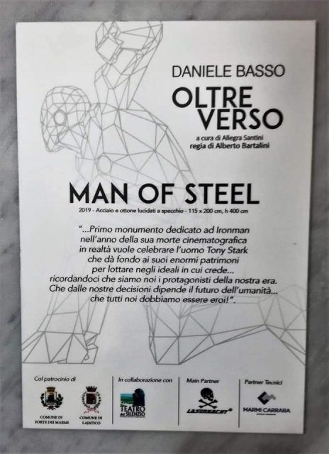 iron man statua 02